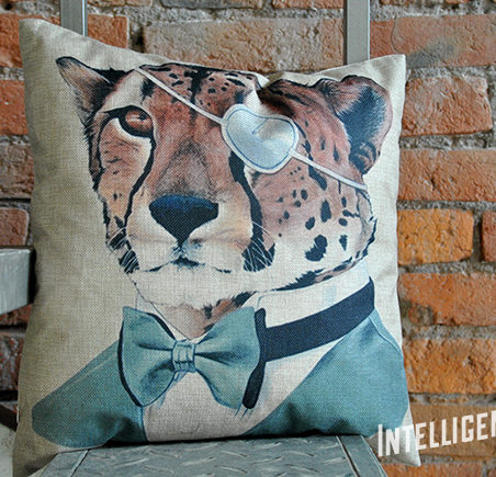 Декоративная подушка с Леопардом